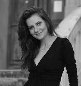 Blerta Zhegu soprano, Albanie