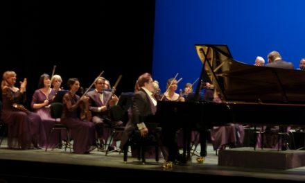 Avignon : Bruno-Leonardo Gelber  séduit l'Opéra-Confluence