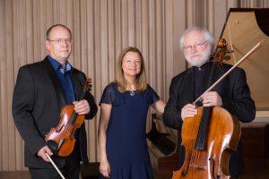 La pianiste Jasmina Kulaglich se produit aussi avec le Trio Bohème qui vient de sortir un CD Les Saisons consacré à Tchaïkovski et Piazzolla.