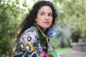La pianiste Paloma Kouider a co-fondé le trio Karenine en 2009