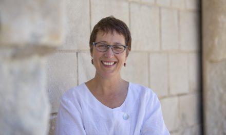 Abbaye aux Dames de Saintes: Rencontre avec Odile Pradem-Faure, directrice générale