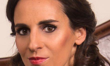 Uchaux : Rencontre avec Vérène Andronikof, soprano