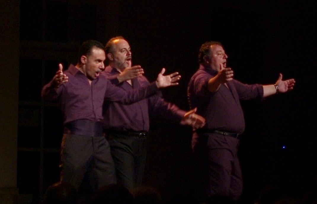 Le trio Le soleil de Naples à la cour Saint Louis aux  Chorégies d'Orange