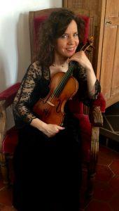 La violoniste Hélène Collerette est Canadienne, installée en France
