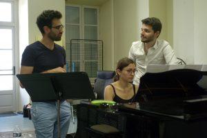 Camille Tresmontant, Lucie Favier et Fabien Barcelo en répétition