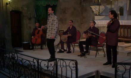 Vaison-la-Romaine: La musique de Resonance épouse les vitrages artistiques du père Kim