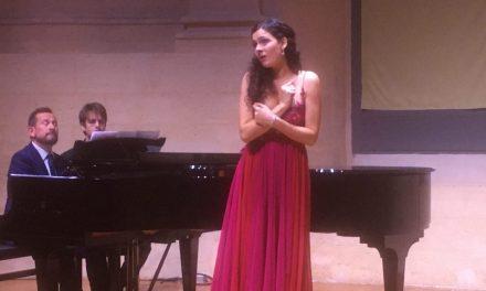 Avignon : Sous le charme de Mélody Louledjian