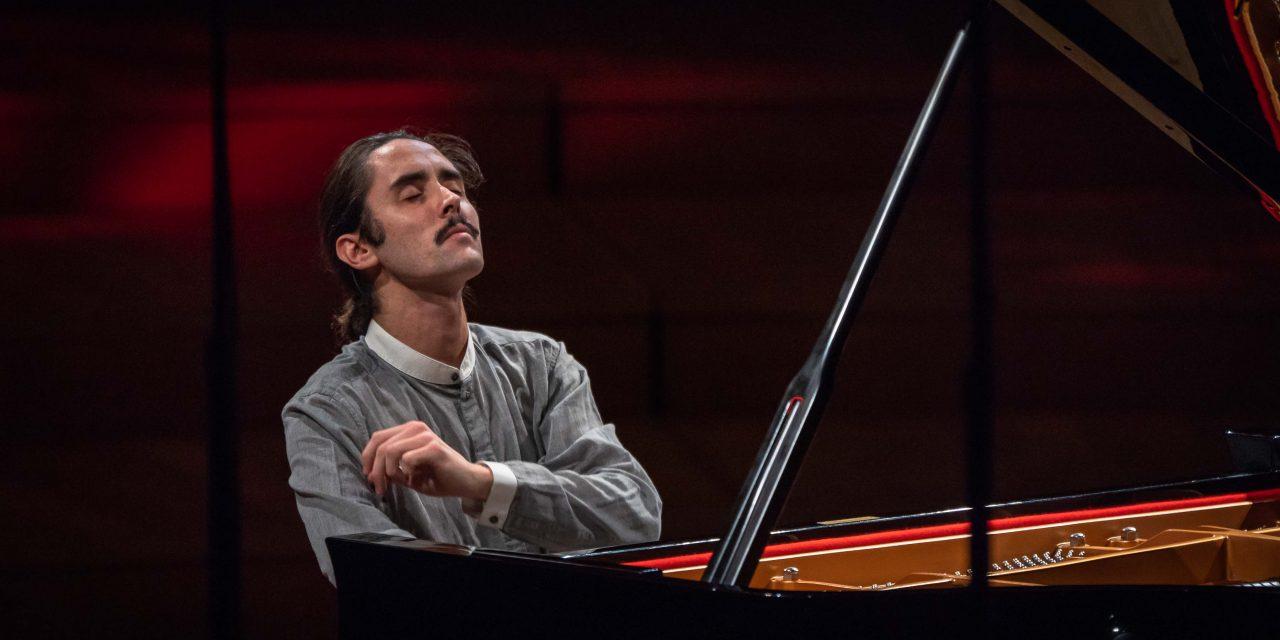Châteauneuf de Gadagne: Rencontre avec Jean-Baptiste Doulcet, pianiste