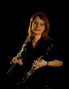 La clarinettiste Noémie Lapierre de Noémie Lapierre est titulaire de l'orchestre de l'Opéra national de Nancy.