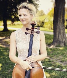 La violoncelliste Agathe Neb s'est installée à Vienne en Autriche.l