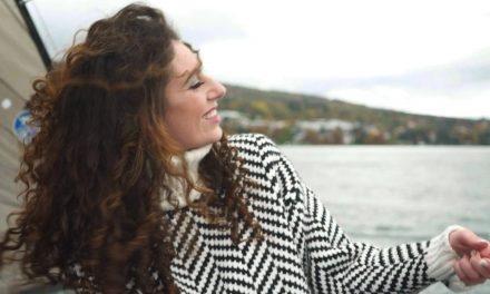 Evian: Rencontre avec Ornella Corvi, alias Calli Soma, mezzo